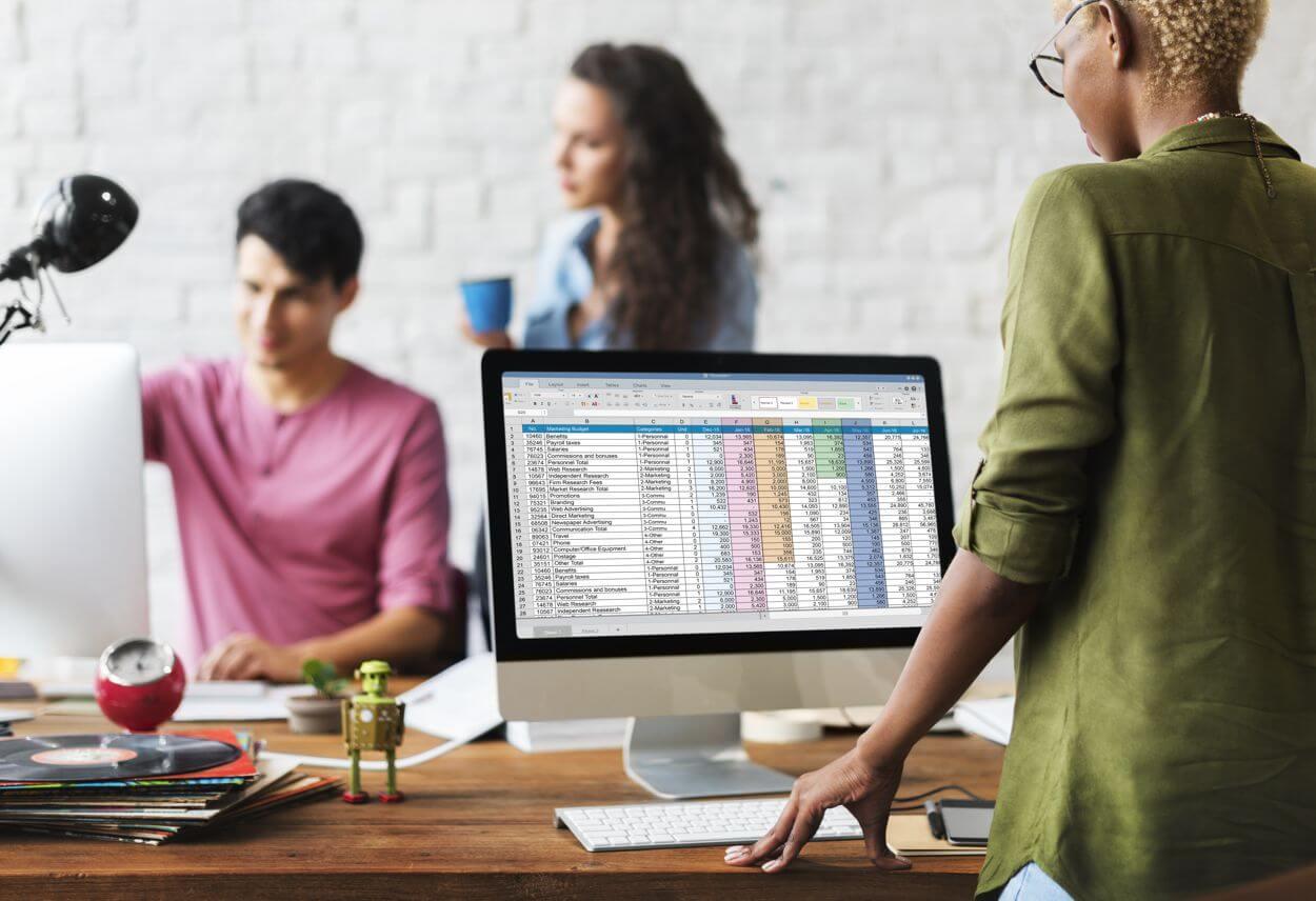 data analytics team at work